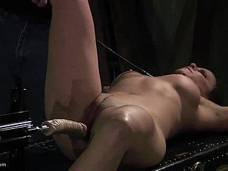 Bondage Double Penetration Spielzeug
